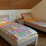 Betten dürfen auch zusammengestellt werden