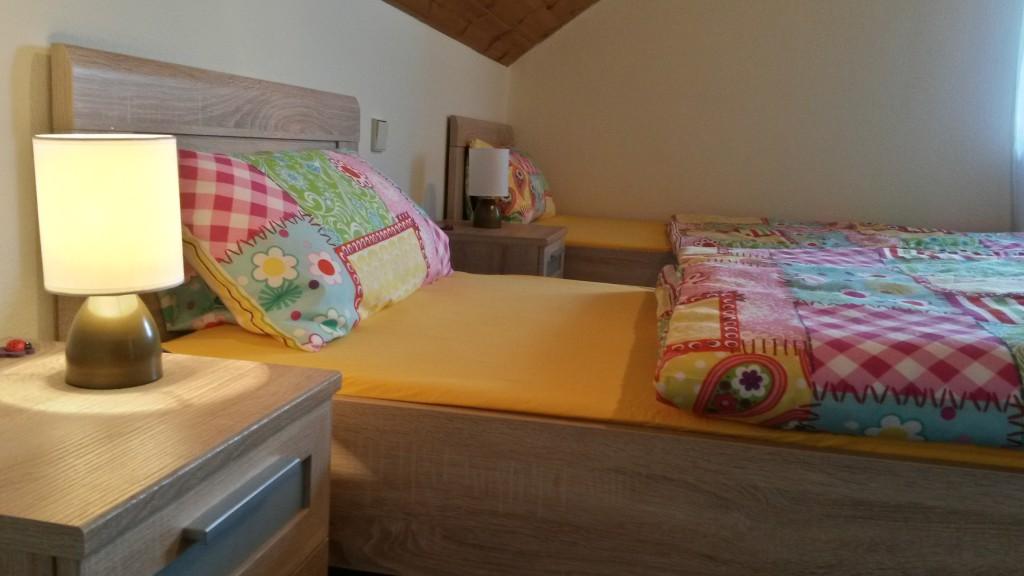 Gemütliche Betten laden zum guten Schlaf ein